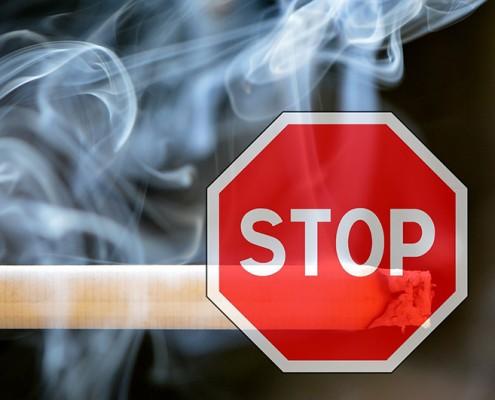 Zigarette mit Stopschild